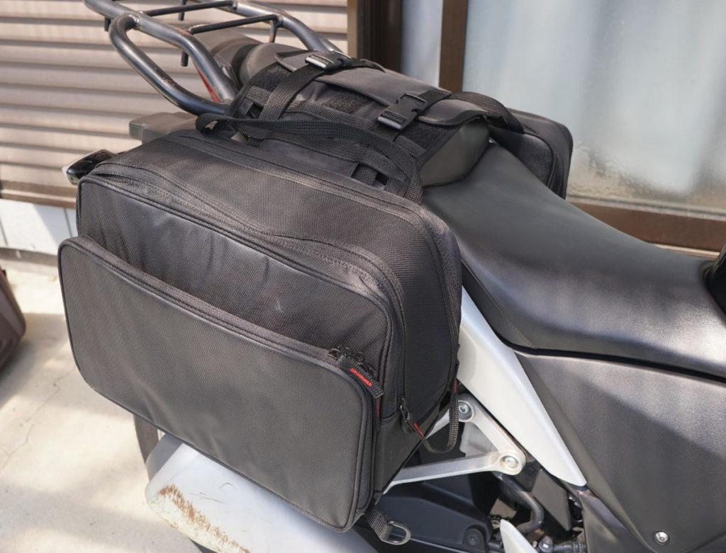 CBR250Rにサイドバッグ付けたところ